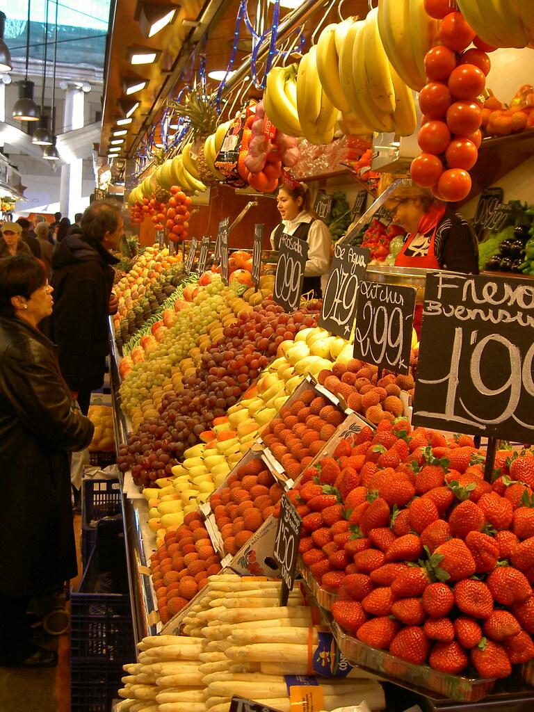 Go Living In Barcelona food market