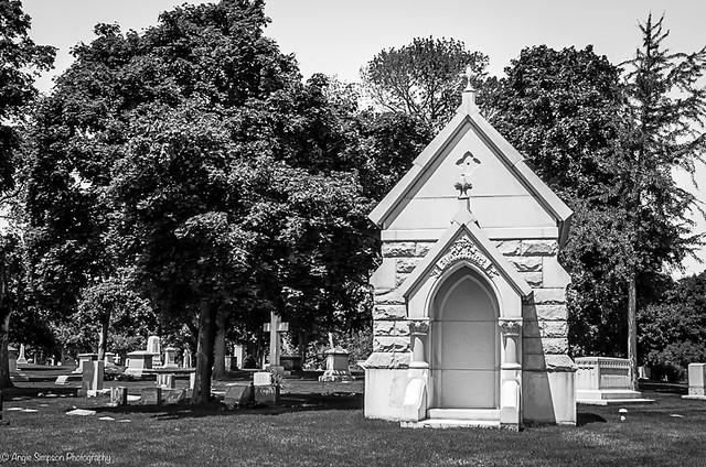 mausoleum (1 of 1)