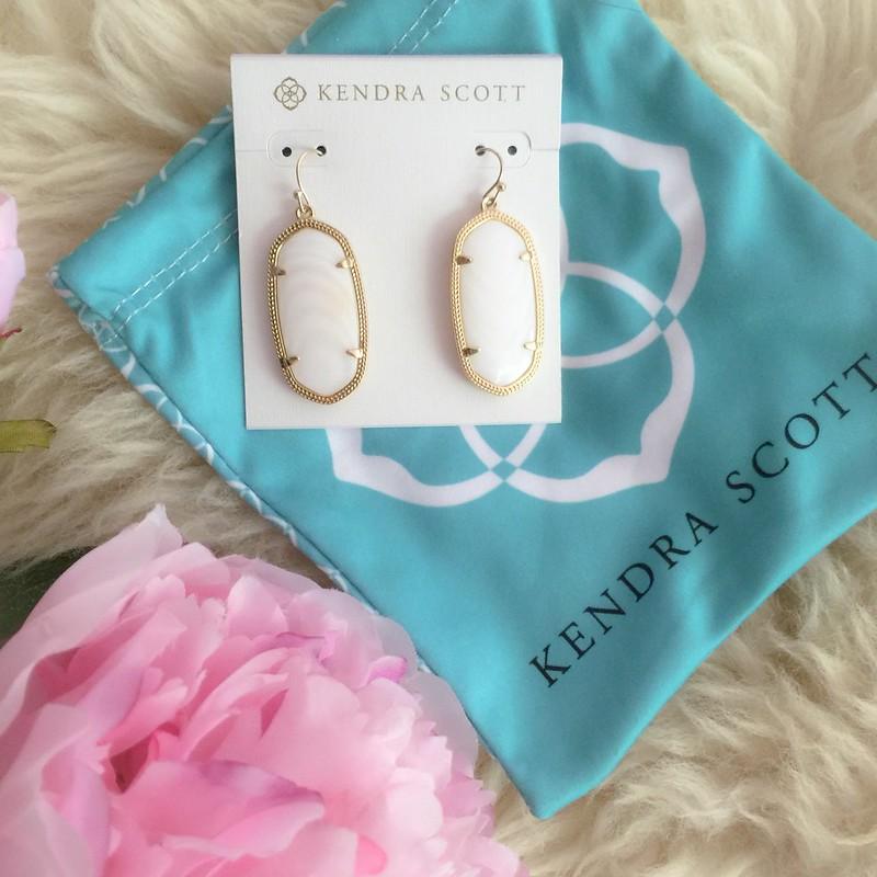 cute & little blog   petite fashion   kendra scott elle earrings   spring summer outfit