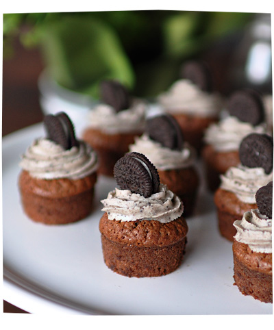 Mini Chocolate Oreo Cupcakes