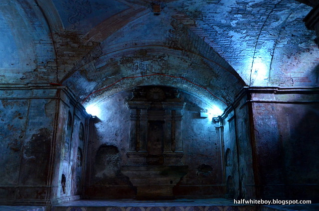 nagcarlan underground cemetery 01