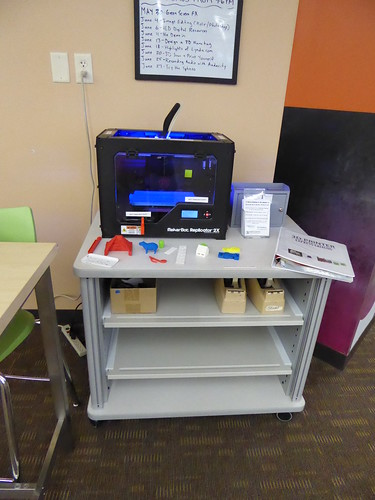 3D printer - Southglenn Library