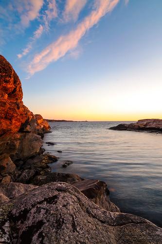 light sunset sea color water rock night evening nikon sweden wideangle tokina westcoast vatten marstrand hav solnedgång västkusten kväll klippor