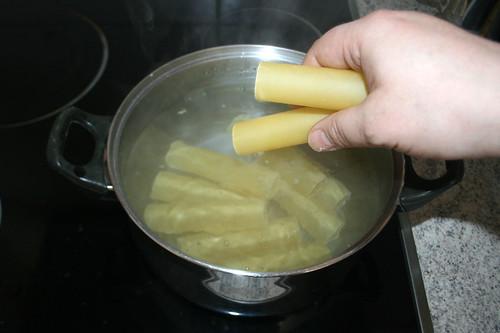 26 - Cannelloni kochen / Cook cannelloni