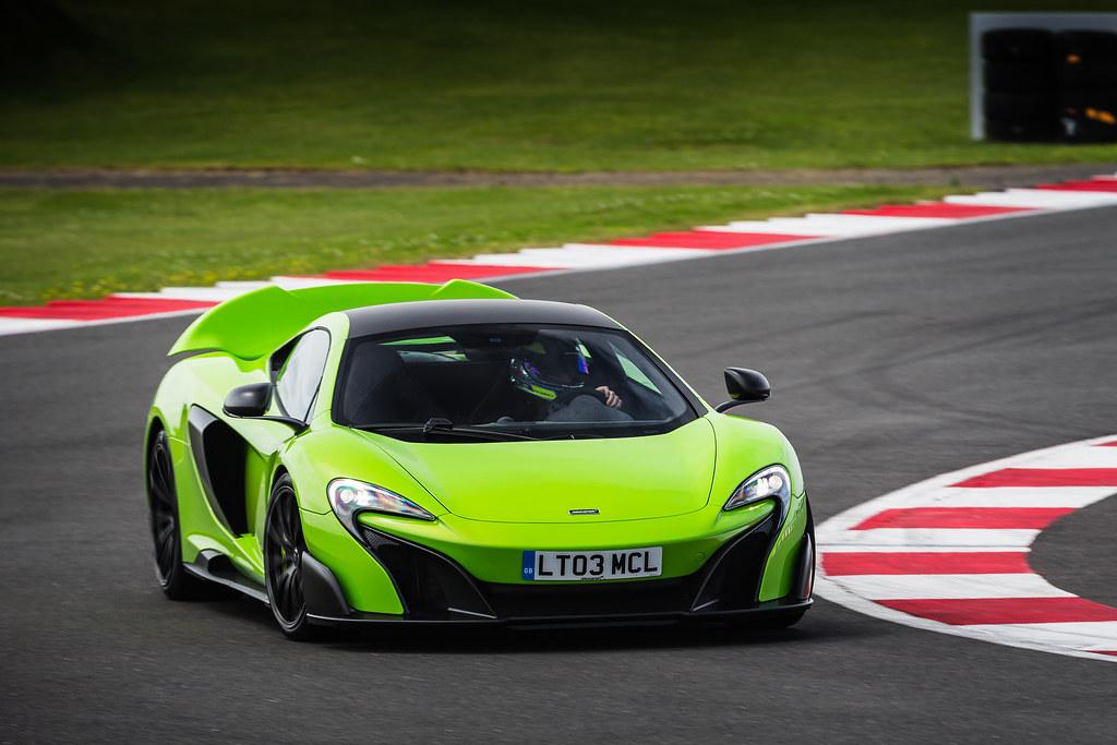 McLaren 675LT mega-gallery