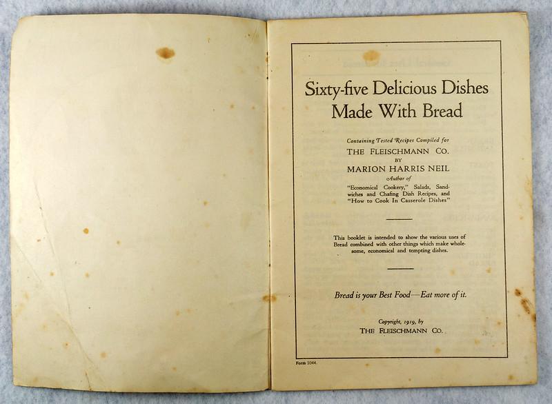 RD4157 1919 Fleischmann Yeast Cook Book Booklet - 65 Delicious Dishes DSC08634