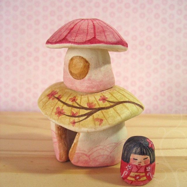 Relisting some crafty goodness I'm finding in boxes since moving. Here is a miniature pagoda style mushroom house with a tiny geisha kokeshi who lives inside. ❤️🍄🌸 #etsy #littledear