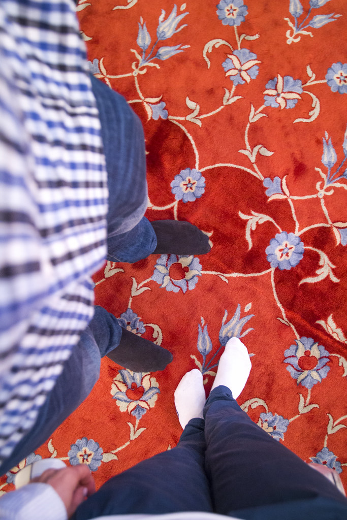 Blue Mosque, red carpet, no shoes - Istanbul