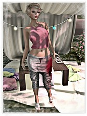 ArisAris Capris - coldLogic  anton top - Strawberry Singh Indira shape - Argrace hair NEW!