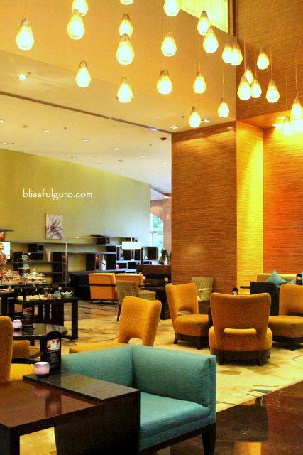 Manila Marriott Hotel Lobby