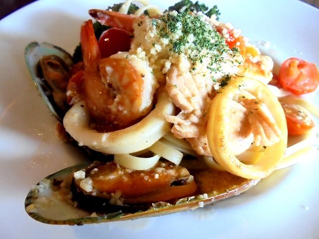 Bistecca & Bistro seafood aglio olio