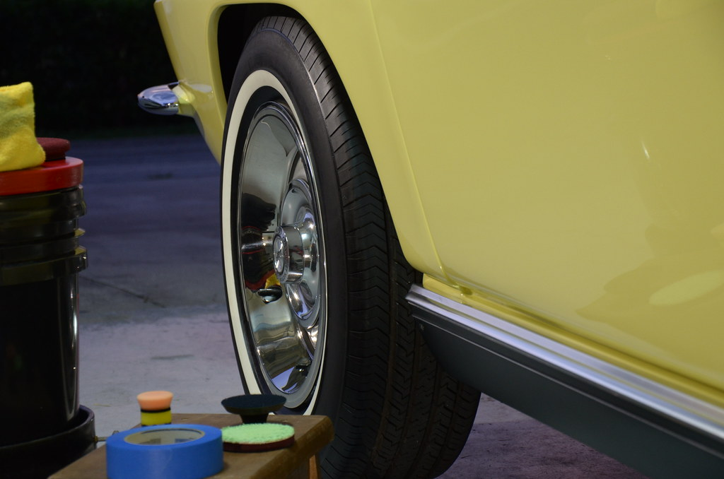 67 Corvette Detail aowheels