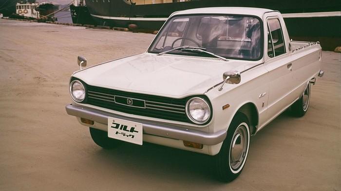 Mitsubishi Pickup Istorija 3