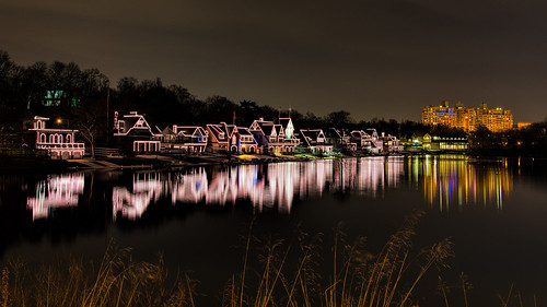 boathouserow urban lights schuylkillriver valentinesday philly water reflections nightphotography pink westriverdrive longexposure philadelphia city pennsylvania unitedstates us nikon d800e