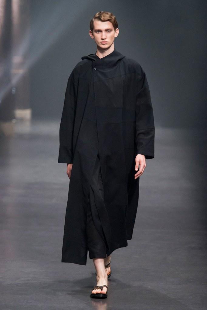 Eugen Ivanov3086_SS16 Paris Songzio(fashionising.com)