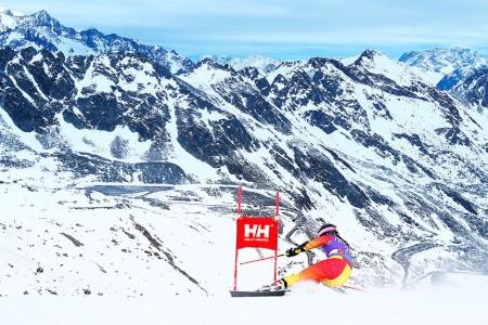 Alpine Canada Alpin a Helly Hansen oznámili dlouhodobé partnerství