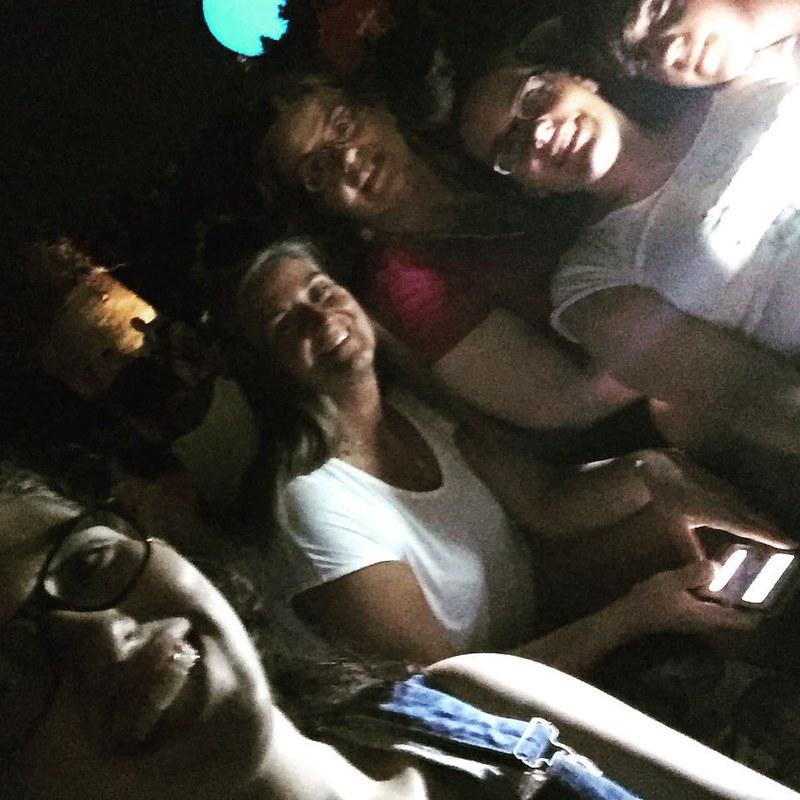 Selfie da concerto sulle balla di paglia #IG_FORLICESENA #emiliaromagna #cotignola #ig_ravenna #iarenadelleballedipaglia2015 #viaggioinromagna #giriingiro #summer #estate