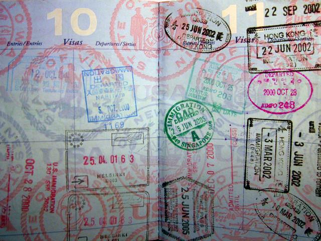 Паспорт, автор: hjl, источник: flickr.com