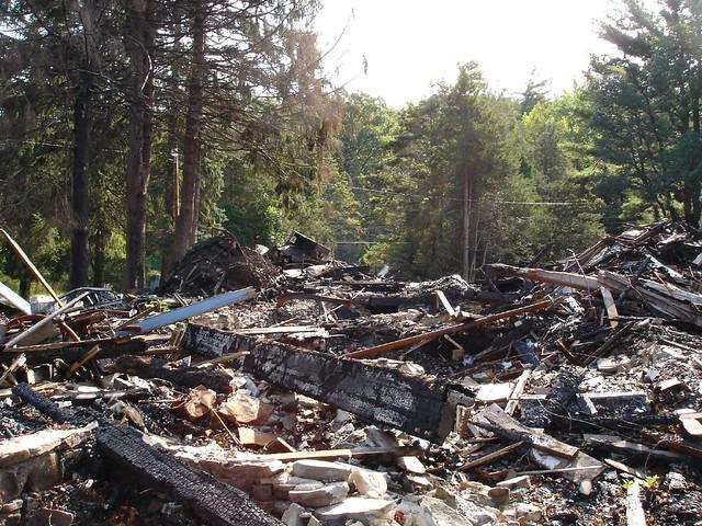 Pine Knob Inn Fire