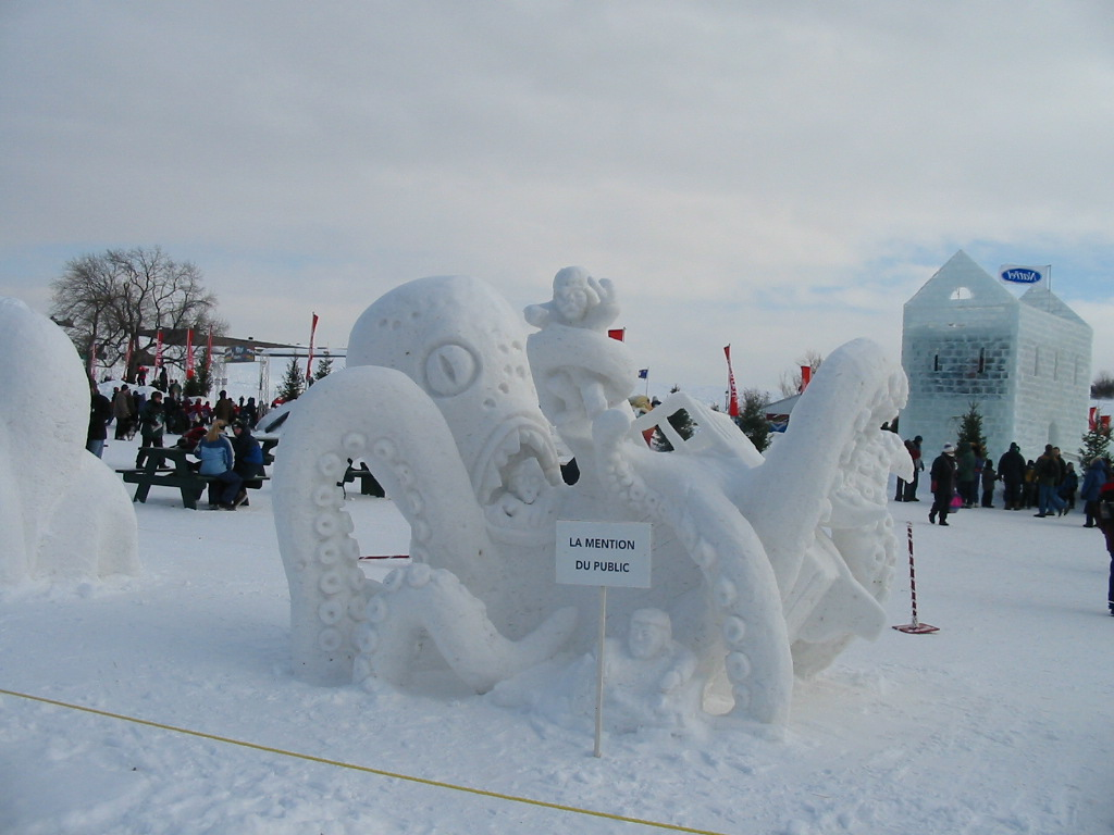 Astounding Ice Hotel in Quebec, the first one in North ...
