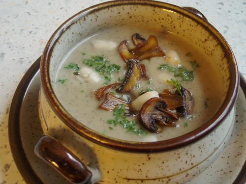 Mushroom and Butter Bean Soup 004