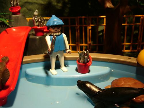 Coffre jouets playmobil piscine avec toboggan for Piscine playmobil jouet club