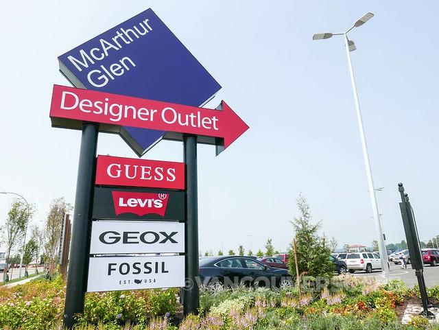 McArthur Glen Designer Outlet-15