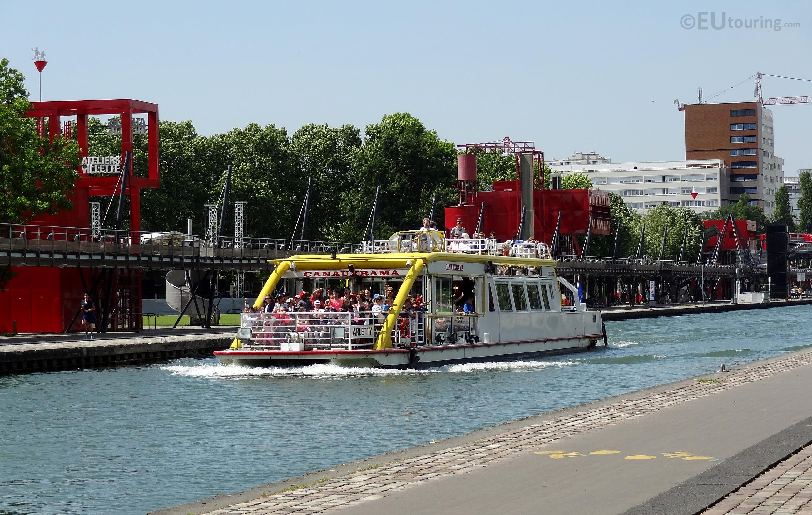 Cruise on Canal de l'Ourcq