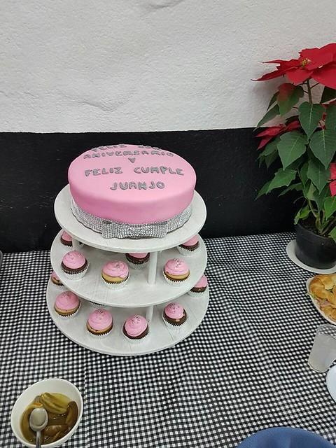 Cake by Clau-Huatli