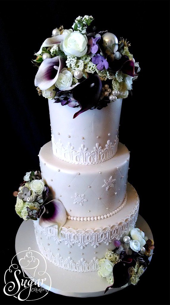 Elegant New Year S Eve Wedding Cake Rebecca Sutterby Flickr