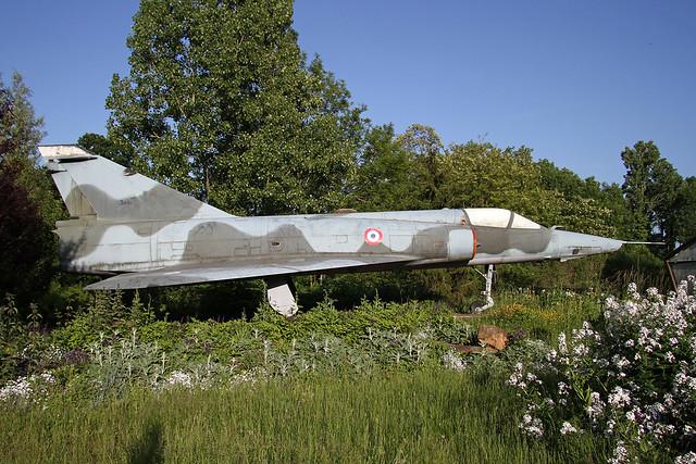 306_Dassault_Mirage_IIIR_AdlA_Buc20150522_2