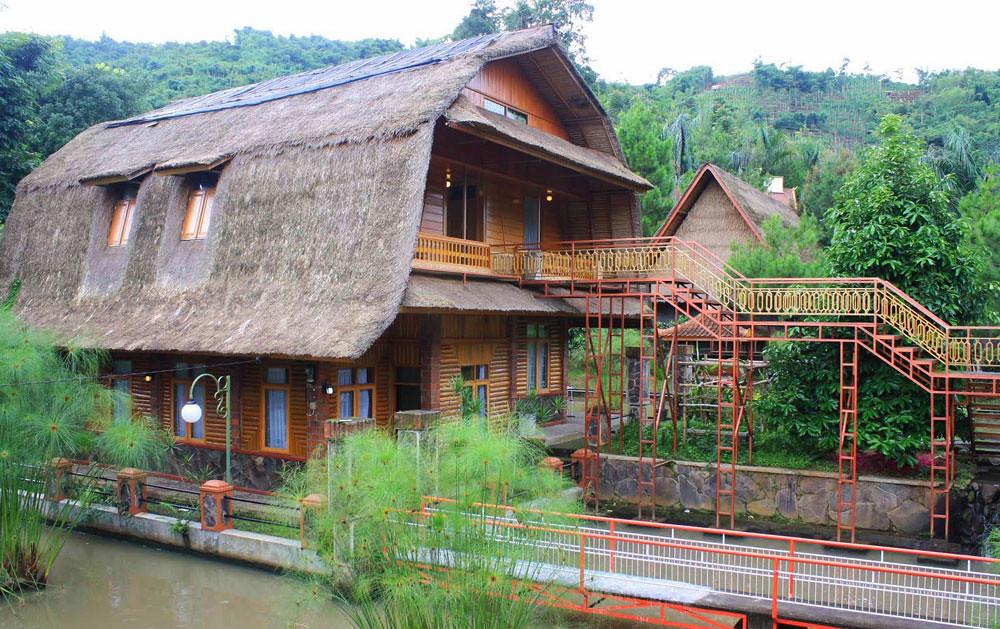 6-Kampung-Pago-(Ekst-Rumah-Bali)--ciwideydiscovery