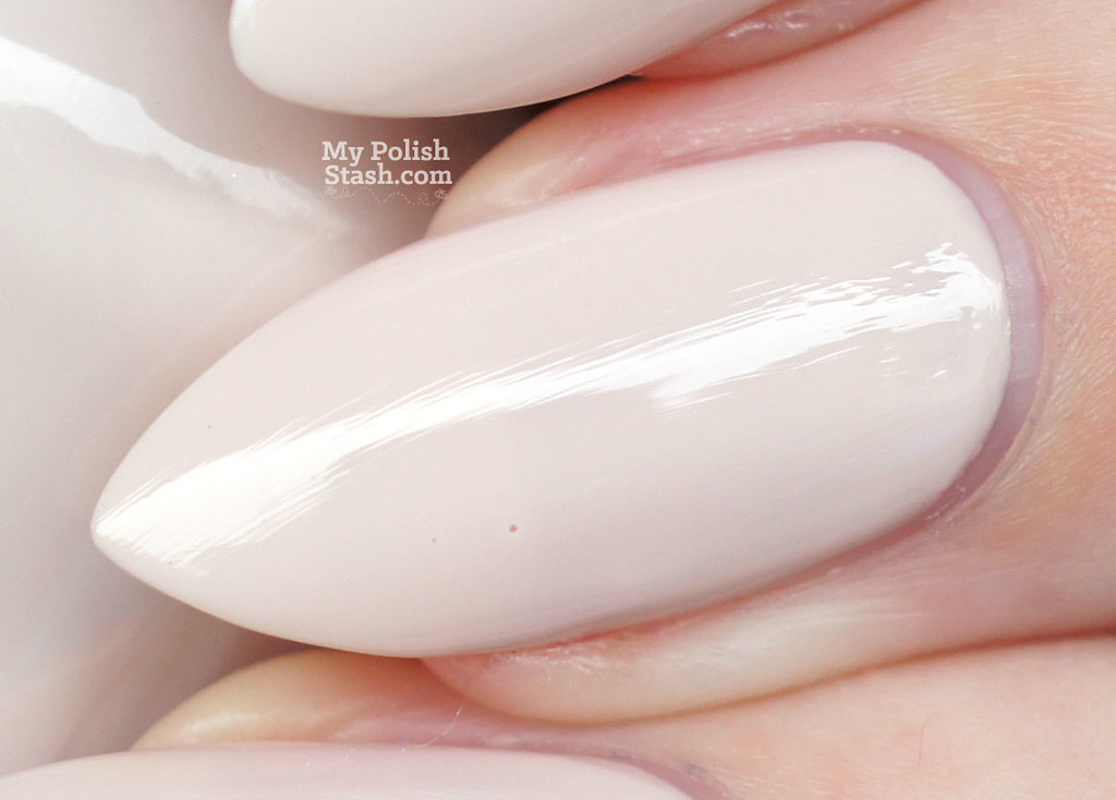 sally-hansen-miracle-gel-birthday-suit-day-1-macro