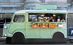 public transport(0.0), antique car(0.0), bus(0.0), automobile(1.0), van(1.0), vehicle(1.0), truck(1.0), transport(1.0), citroã«n h van(1.0), land vehicle(1.0), motor vehicle(1.0),
