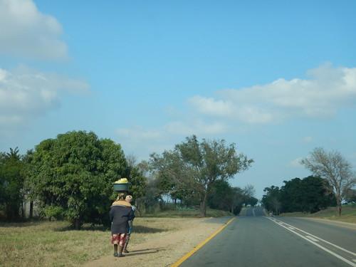 Ladies carrying things, Mpumalanga