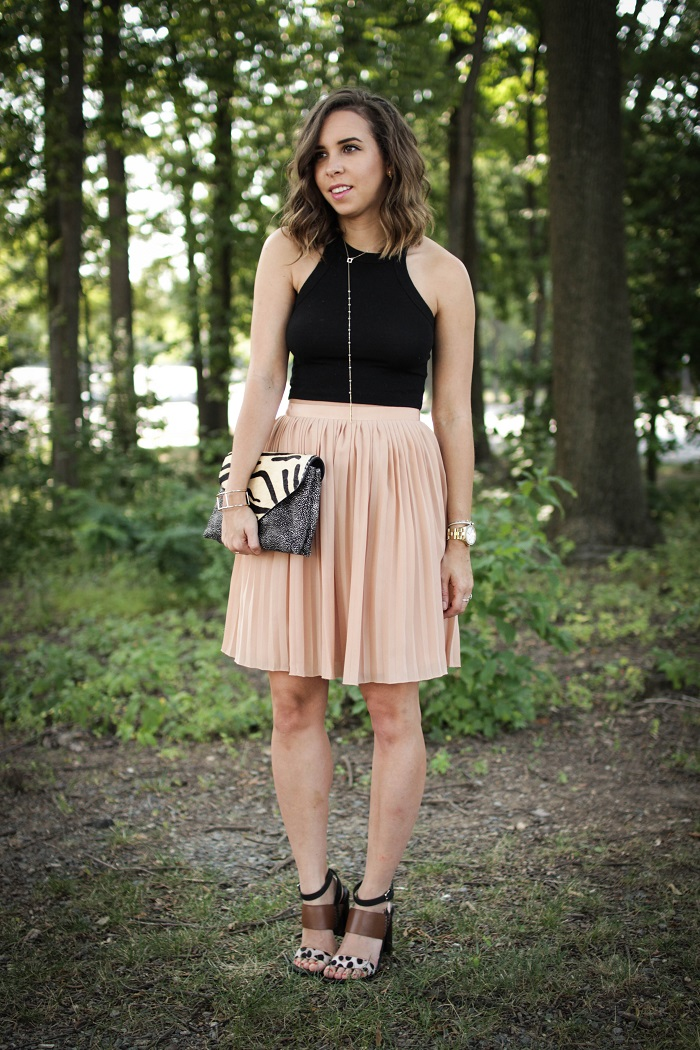 aviza style. andrea viza. fashion blogger. dc blogger. pleated skirt. crop top. dolce vita heels. loeffler randall clutch. tasteful crop top. summer style. 2