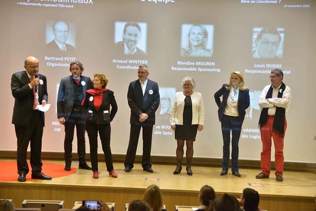 2016-11-23 - TEDxIssy-04 - Remerciements (19h34m56)