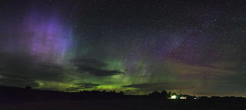 new york sky panorama verde green art night canon way stars landscape eos lights purple pano wide violet sigma upstate vert via aurora albany f18 dslr northern milky estrella adirondack voie borealis aurore etoiles panoramique 1835 lactea 60d lactee