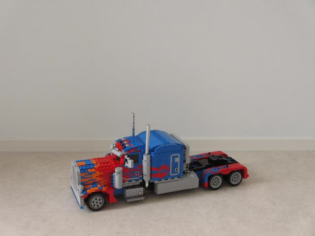 Optimus Prime transformation time lapse