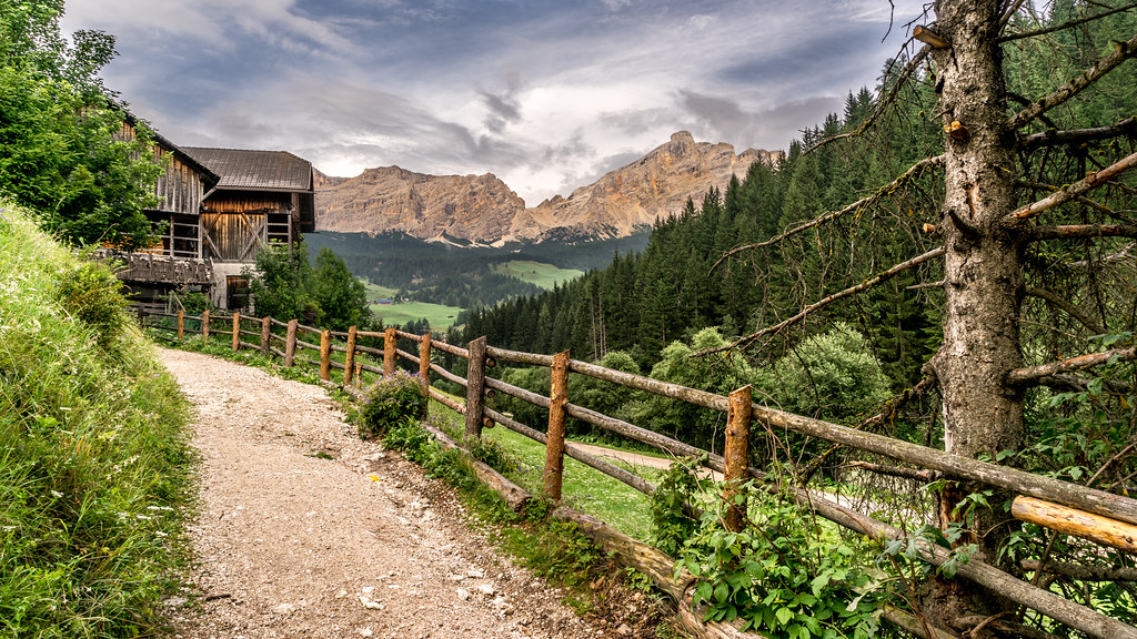 La villa - Trentino Alto Adige, Italy - Landscape photography