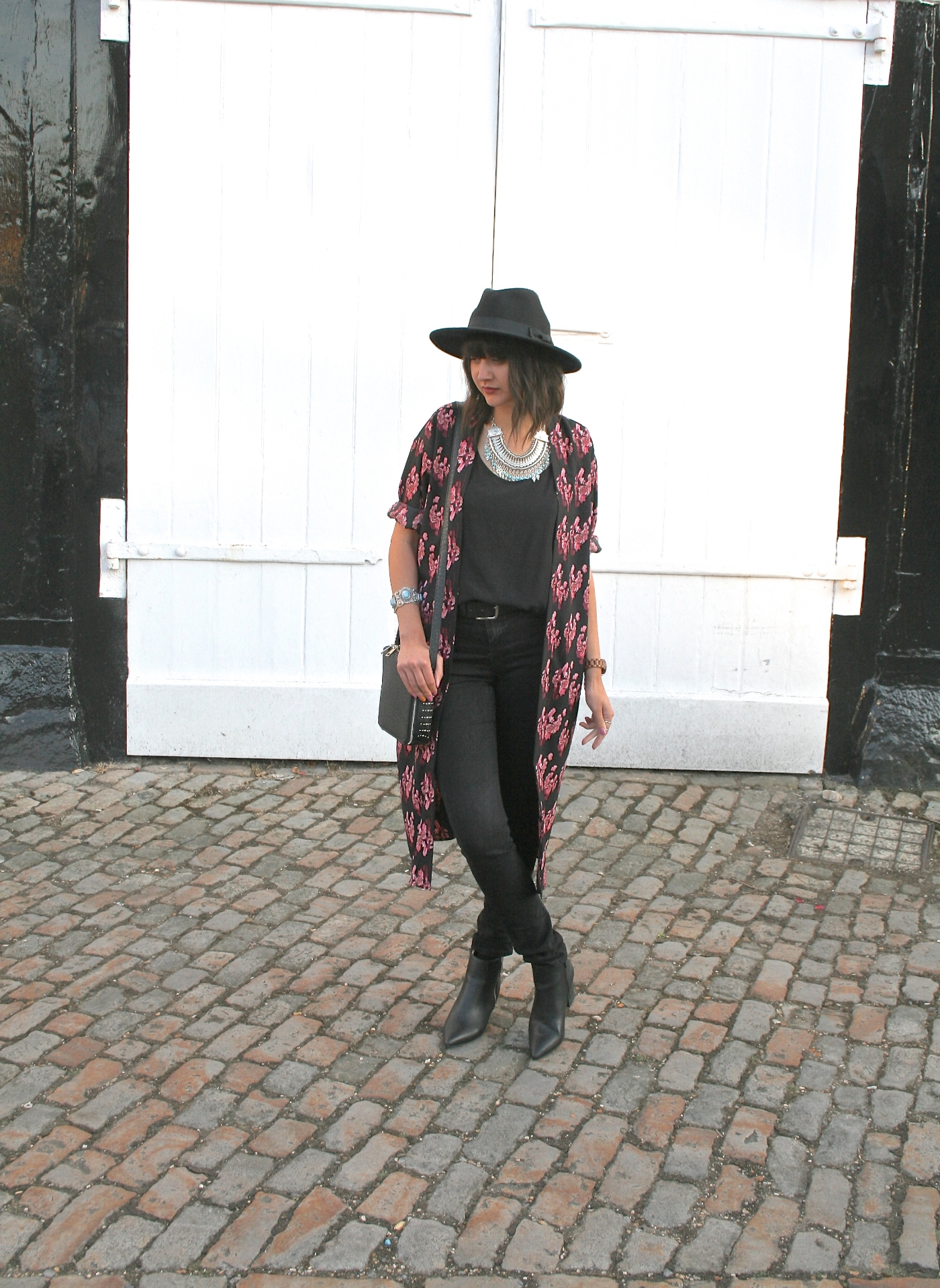 outfit post, ootd, style blogger