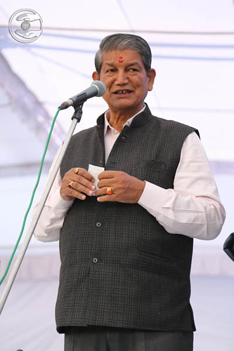 Chief Minister Uttarakhand, Harish Rawat seeking blessings