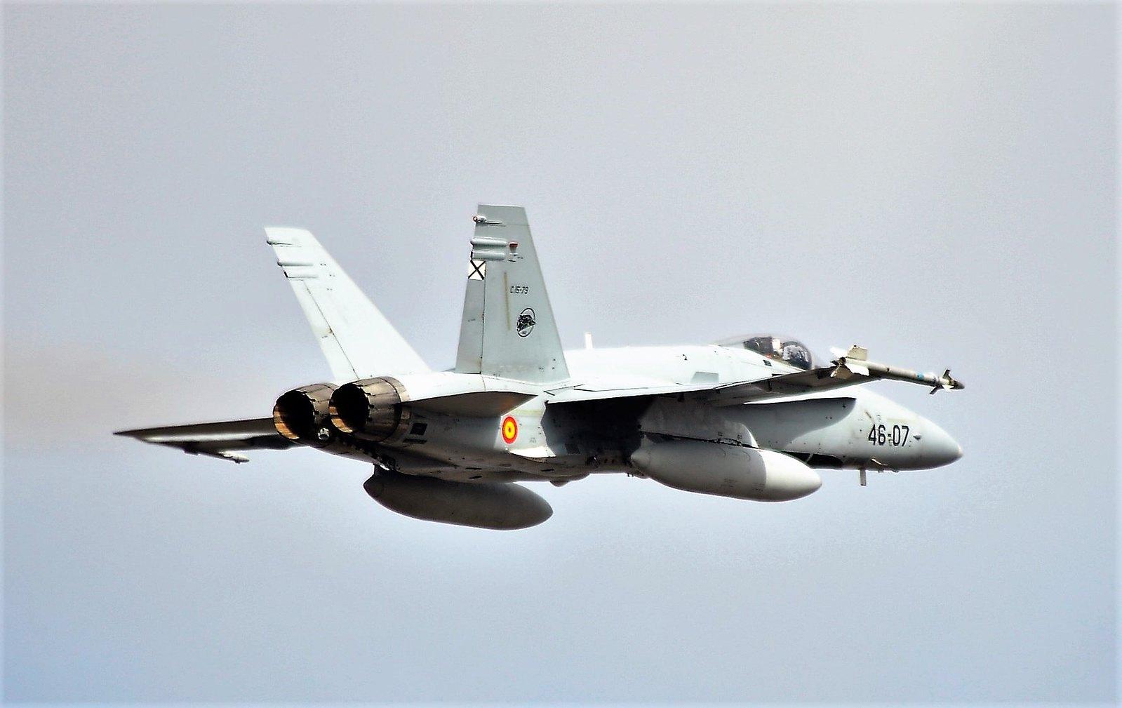 [url=https://flic.kr/p/QFoztz][img]https://farm1.staticflickr.com/264/31950873283_286f6675a5_h.jpg[/img][/url][url=https://flic.kr/p/QFoztz]Ejercicio Dissimilar Air Combat Training - DACT 2017 - Base Aérea de Gando[/url] by [url=https://www.flickr.com/photos/ejercitoaire/]Ejército del Aire Ministerio de Defensa España[/url], en Flickr