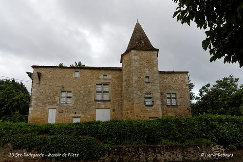 33 Ste-Radegonde - Maison noble de Pilets