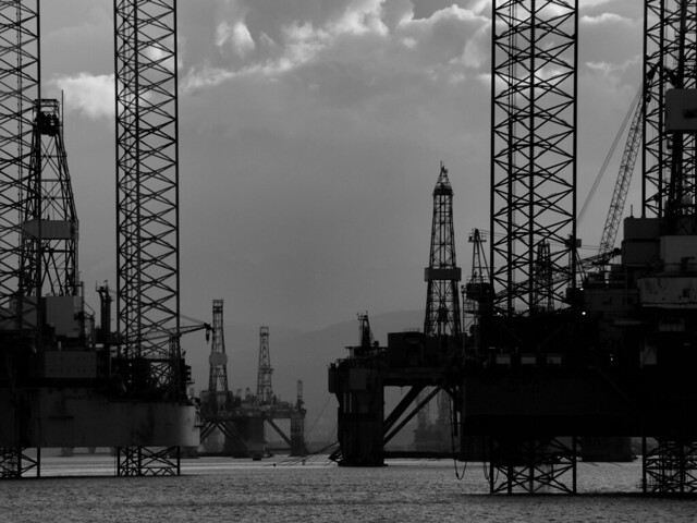 A confusion of rigs....