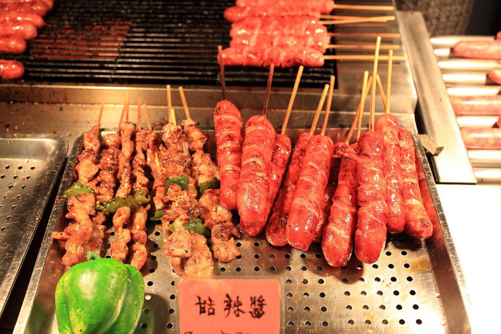 20150723萬華-山豬王香腸、肉串 (5)
