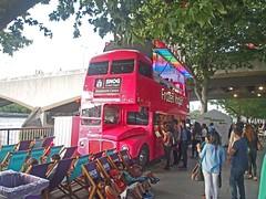 Snog Bus