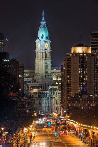 lights cityhall benfranklinparkway philly williampenn clocktower nightphotography urban longexposure philadelphia city pennsylvania unitedstates us nikon d800e