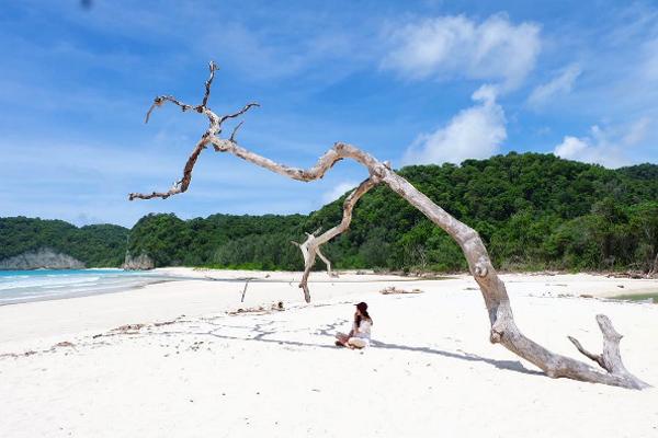 Tarimbang Beach 1