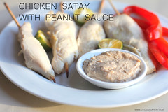Chicken satay with peanut sauce and pepper front v…